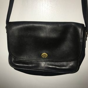 Vintage Coach Black Leather Crossbody Bag EUC